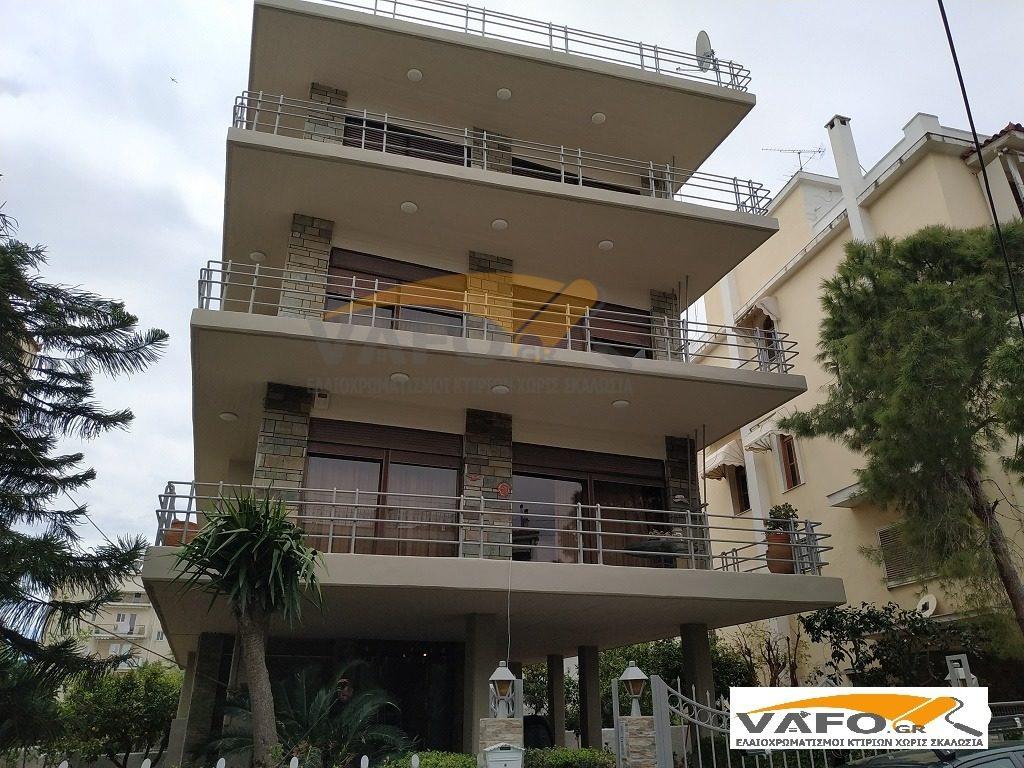 Ελαιοχρωματισμοί Κτιρίων βάψιμο Πολυκατοικιών στην γλυφάδα, μετά την επισκευή μετώπων και τον ελαιοχρωματισμό πολυκατοικίας κτιρίων εξωτερικά από την εταιρεία vafo.gr.